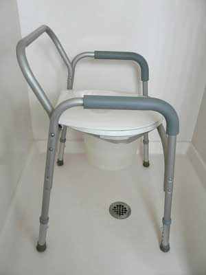 holiday cottages with a portable shower chair self catering